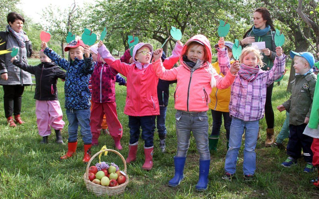 """In meinem kleinen Apfel – Eröffnung des Wettbewerbs """"Goldene Kindergabel 2018"""""""